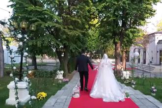 Anunțul relaxării restricțiilor a făcut fericiți sute de mii de tineri care vor să organizeze nunți