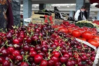 Fructele și legumele românești de mai vor ajunge în pieţe abia în iunie. Care e motivul