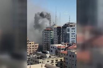 Copilul palestinian care știe un singur cuvânt în engleză: bombardament.