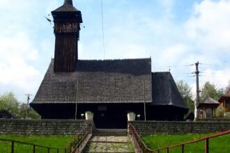 O biserica monument istoric s-a facut scrum din cauza lumanarilor