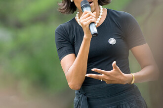Paul McCartney i-ar canta o serenada lui Michelle Obama!