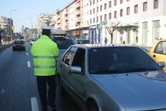 Trei agenti de politie din Sibiu, trimisi in judecata pentru luare de mita