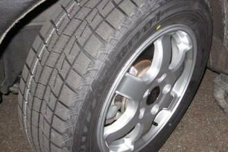 Guvernul va aproba obligativitatea echiparii masinilor cu anvelope de iarna