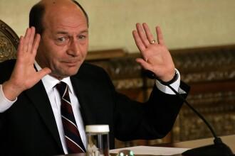 Decalogul lui Basescu. Constitutia, luata la bani marunti