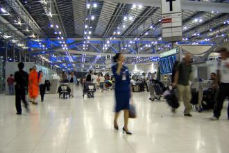 Haos pe aeroportul din Thailanda din cauza unor proteste violente