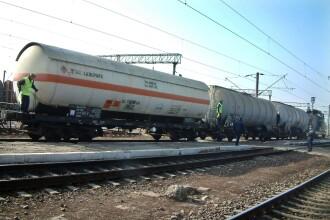 Trafic feroviar blocat intre Transilvania si Moldova din cauza unor arbori