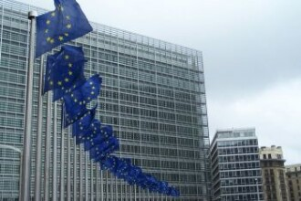 Comisia Europeana lanseaza un atac fara precedent la adresa Frantei