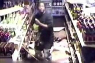 Furt intr-un supermarket din Timisoara. Hotii au lasat in urma lor o paguba de 90.000 de lei