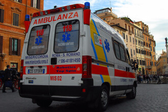 Patru tineri romani au murit intr-un grav accident de circulatie la Roma