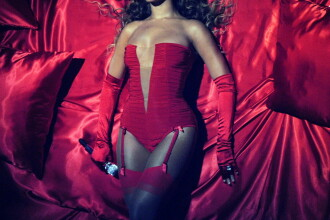 Beyonce a inchiriat o camera de hotel, special pentru bagaje!