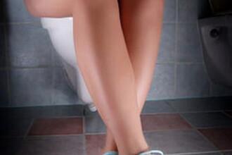 Un angajat al Aeroportului din Frankfurt prins ca filma in toaleta femeilor