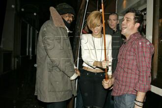 """Rihanna, lasata la greu de """"Umbrella""""!"""