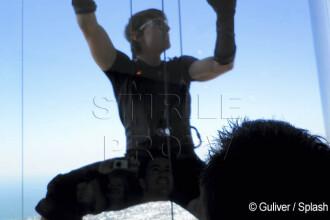 Misiune: posibila! Tom Cruise, cascadorie periculoasa la 800 m in aer!