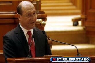 Basescu: Nu am iesit din criza, am iesit din zona de risc