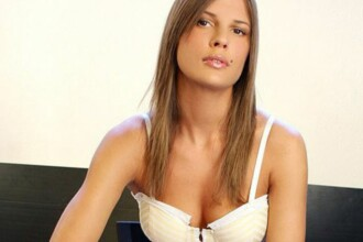 Ghidul unei prostituate:cum il poti cuceri pe Berlusconi si castiga o avere