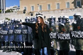 Democratia se intoarce acasa. Ce-au facut grecii cand s-au vazut cu 50% din datorie stearsa