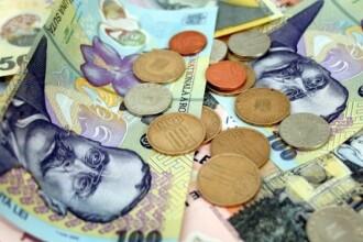 Politistii din Hunedoara au donat bani pentru a-si ajuta un coleg, accidentat de doi suspecti pe care ii cerceta