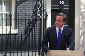 Premierul David Cameron: Marea Britanie va fi lovita GREU de criza din zona euro