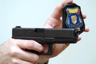 Politistii au primit liber la armele din dotare. In ce conditii au voie sa traga in suspecti