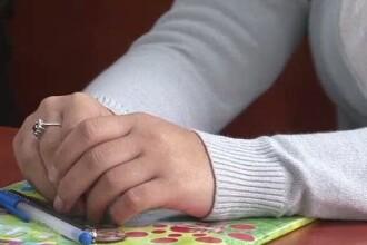 Elev de clasa a opta cercetat de politie dupa ce a lasat insarcinata o fata de clasa a sasea