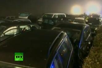 VIDEO.Catastrofa pe o autostrada din Germania: 52 de masini implicate intr-un accident cu trei morti
