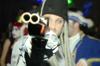 Timisorenii s-au deghizat in cele mai inedite costume si au petrecut noaptea de Halloween in club