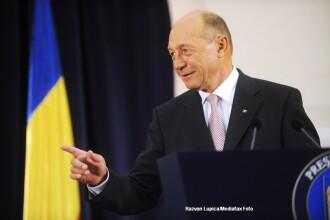 Basescu pe Facebook: