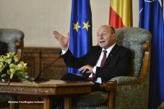 Traian Basescu: Daca nu vor inceta atacurile la adresa mea in campanie, ma vor obliga sa ma apar