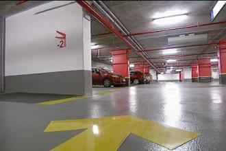 S-a deschis prima parcare supraterana din Oradea. Are 457 de locuri, iar in primele trei luni, soferii pot parca gratuit