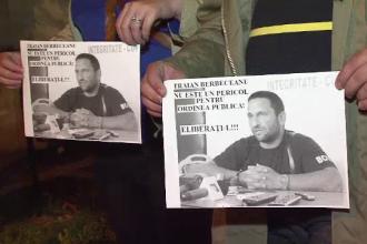 Peste 150 de persoane s-au strans la sediul DIICOT Hunedoara ca sa-l sprijine pe Traian Berbeceanu