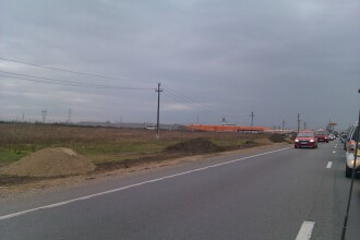 Se lucreaza intens la pista de biciclete dintre Arad si Vladimirescu. Pana la sarbatori va fi gata