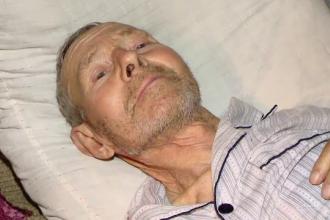 Caz REVOLTATOR la Iasi. Un batran bolnav a fost trimis acasa pentru NU ar fi avut bani de operatie