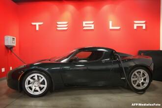 iLikeIT. Masinile electrice de la Tesla sunt viitorul industriei auto. Review Model S in Bucuresti