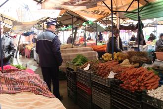 Comerciantii de fructe si legume, obligati sa-si eticheteze marfa. Timisorenii vor sti daca produsele sunt autohtone