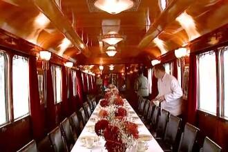 Trenul regal s-a intors pe traseul Bucuresti - Sinaia. Detaliile de lux din vagoanele speciale