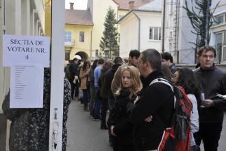 ALEGERI PREZIDENTIALE 2014. Peste 100 de studenti care au stat la coada in Regie nu au mai votat