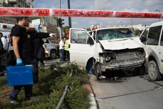 Un atacator a intrat cu masina in mai multi pietoni in Ierusalim. Cel putin o persoana a murit iar alte zece au fost ranite