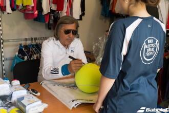 Brunch cu Nadia, Hagi si Ilie Nastase, cursa cu Maserati si antrenament cu Mihai Leu la licitatia de la Hope Ball 2014