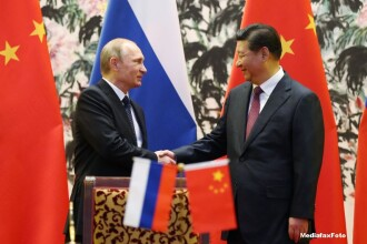 "Rusia si China ""culeg roadele"" cooperarii. Ce decizie au luat cei doi lideri inaintea deschiderii Summitului Asia-Pacific"