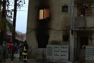 A ars de viu in propria locuinta din Alba Iulia. Garsoniera a fost distrusa complet de incendiu
