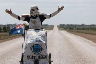 Un australian a parcurs 9.000 de kilometri pe jos costumat intr-un personaj din Star Wars. Motivul nobil al expeditiei
