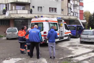 Un tanar care lucra la izolarea unui bloc a murit, dupa ce a cazut de la etajul 7. Barbatul nu purta echipament corespunzator