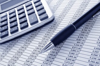 A treia rectificare din 2014 taie bugetele pentru Sanatate si Munca. Ministerele care vor primi bani mai multi