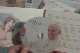 Vocea Papei Francisc, folosita pe un album de rock progresiv. Pontiful a fost de acord