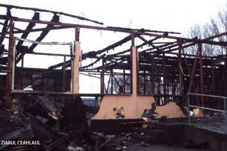 Judetul din Romania unde aproape 350 de scoli NU au autorizatie ISU. Doua dintre ele au ars in ultimii ani. VIDEO