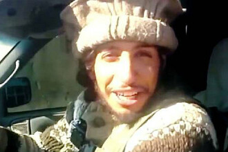 Abaaoud planuia sa arunce in aer cartierul La Defense. Anuntul facut de presedintele Hollande, dupa intalnirea cu Obama