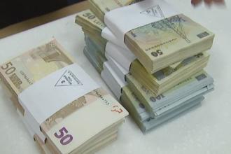 Alerta la Oradea, dupa ce zeci de persoane au reclamat la politie ca au primit bani falsi. Care ar fi bancnotele cu probleme