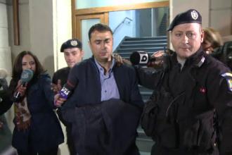 Un procuror si un politist, retinuti in urma scandalului permiselor auto luate pe spaga in Teleorman