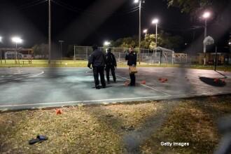 Atac armat intr-un parc din SUA. Doi barbati au inceput sa traga in multime, iar 16 persoane au fost ranite