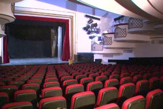 Dupa 70 de ani, Teatrul Nottara se inchide, iar la Cinema Patria nu mai ruleaza filme.